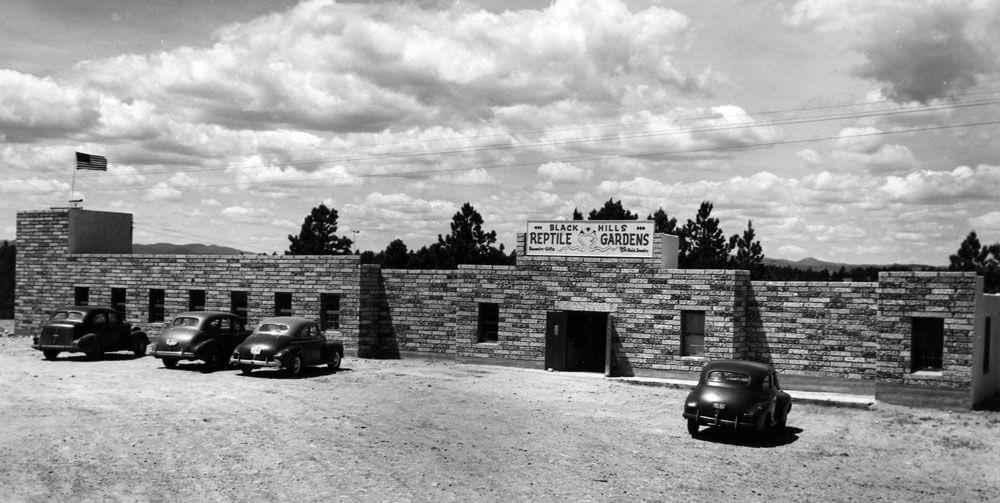 1947-building.jpg